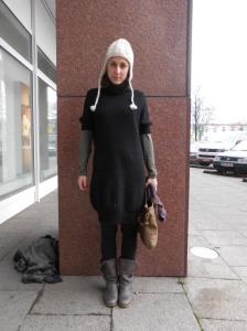 Oversize black wool dress, Boss Orange. Grey boots KLM model Konan.