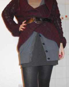 """The skirt is by Mango, and the grey buttoned long vest from Marco Polo. The """"layer"""" look, allways an option."""